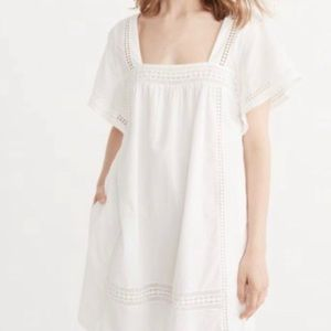 Abercrombie & Fitch White Flutter Sleeve Dress